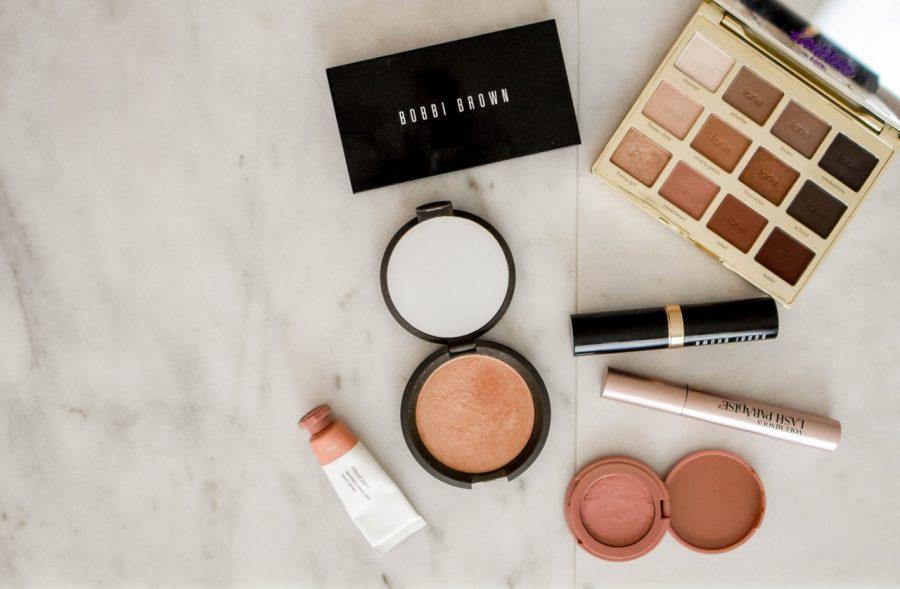 Jak utrzymać porządek w kosmetykach?